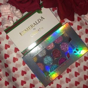 ESMERALDA & UNICORN DREAM GLITTER BUNDLE PALETTES